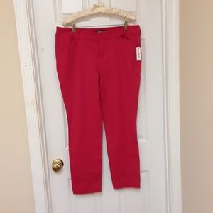 NWT  OLD NAVY Pixie Red Skinny Pants Mid-Rise
